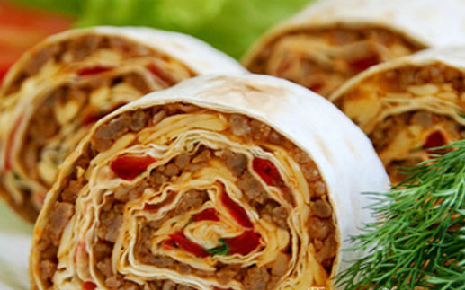 как приготовить мясной рулет из лаваша