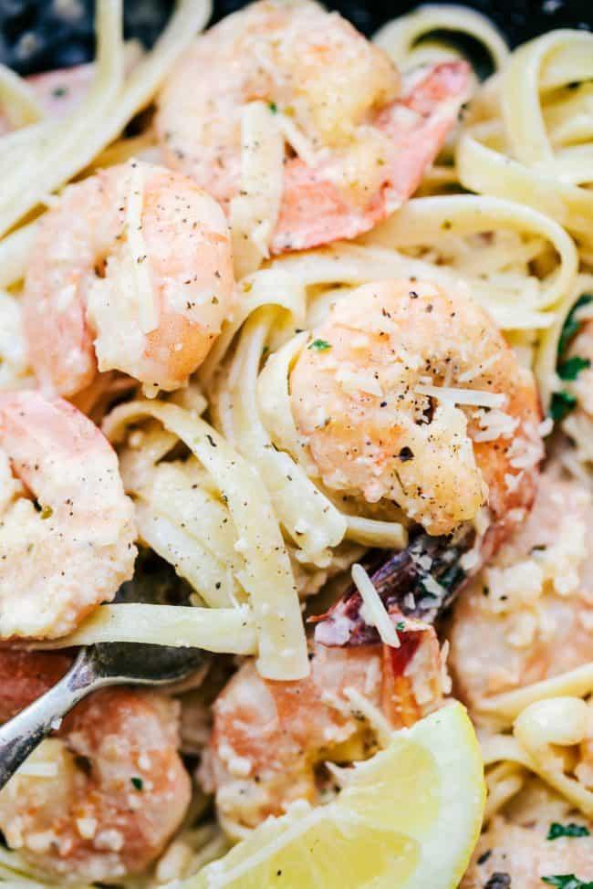 Спагетти с креветками по традиционному рецепту
