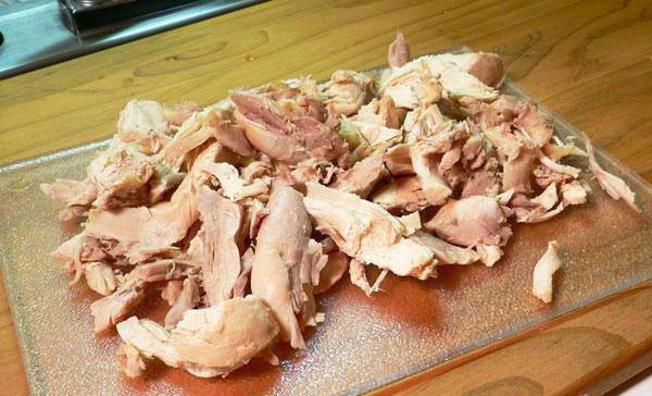 салат с виноградом и копченой курицей рецепт