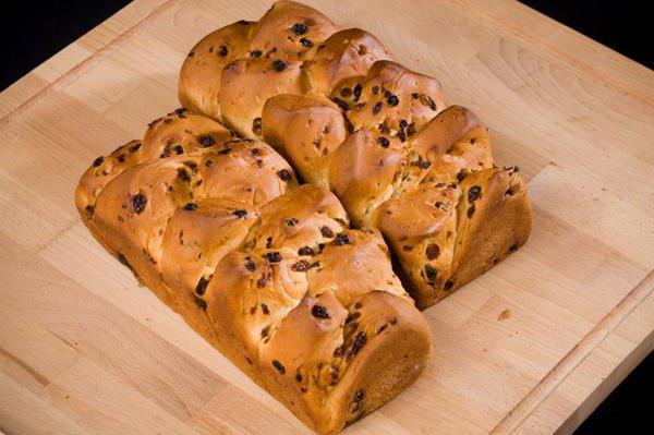 пшеничный хлеб на ржаной закваске в духовке