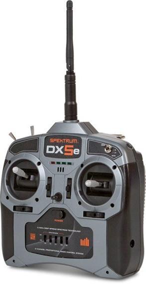 Пульт модели на радиоуправлении