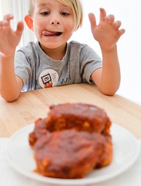 с какого возраста ребенку можно давать свинину