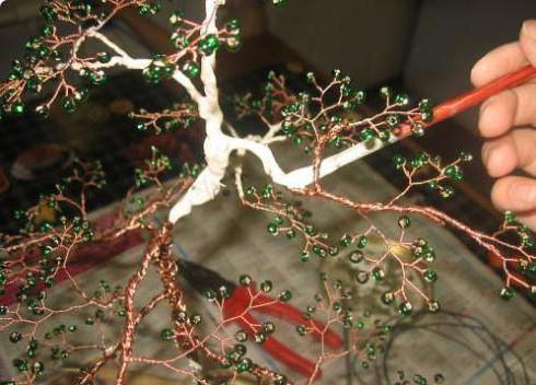 Как сделать ствол на бисерном дереве