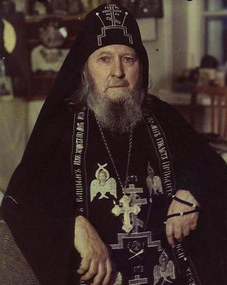 отец савва остапенко