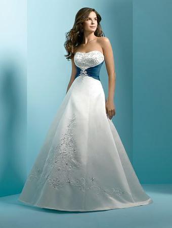 самое красивое свадебное платье фото