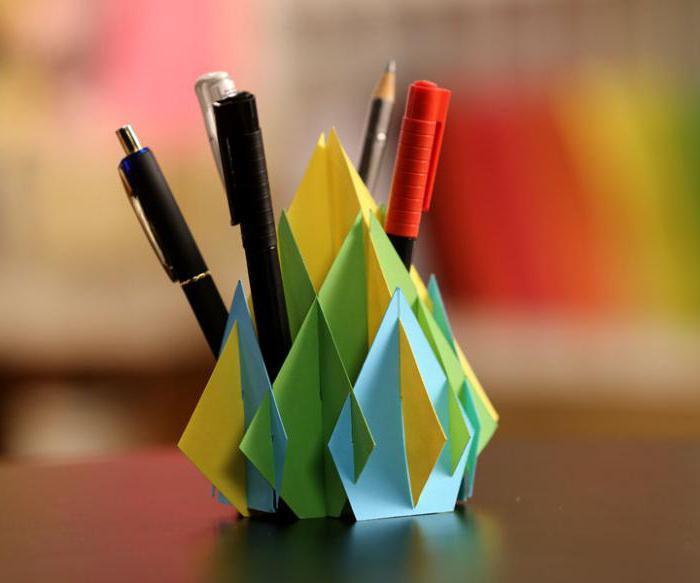 оригами ягодка из бумаги