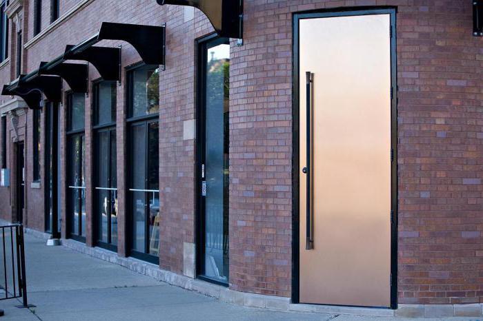 размеры металлических дверей