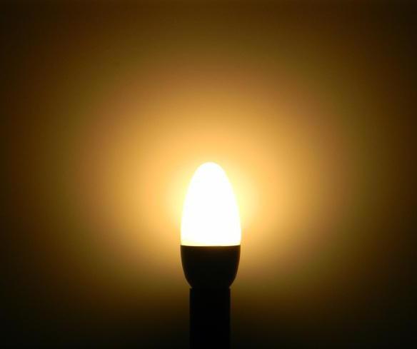 Моргает светодиодная лампа во включенном состоянии
