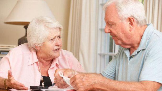 положен ли отпуск без содержания работающему пенсионеру