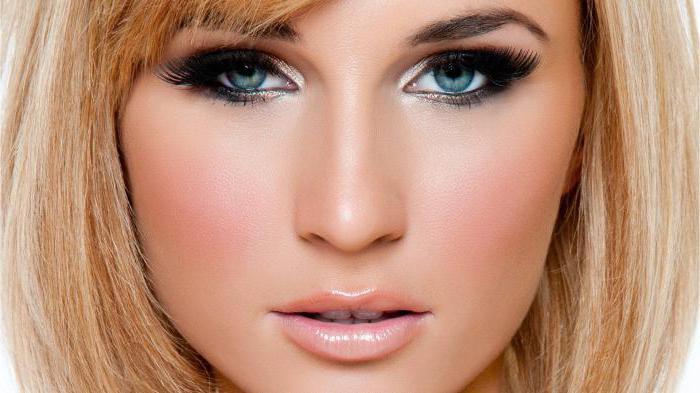 макияж под голубое платье для блондинок