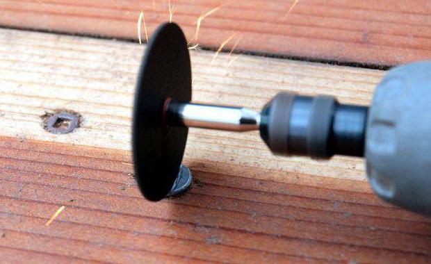 2045057 - Как выкрутить слизанный шуруп