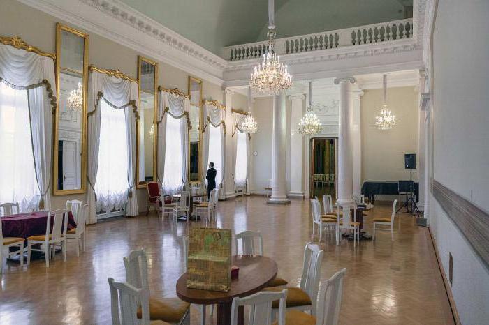 аничков дворец адрес
