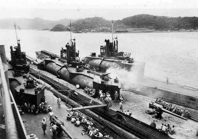японские подводные авианосцы