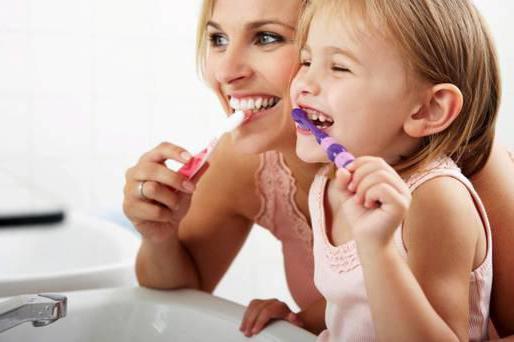 Ребенку 2 года неприятный запах изо рта
