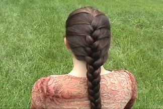 Как плести самой себе косы