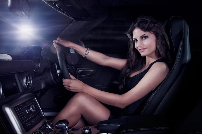 автомобиль для девушки недорогой