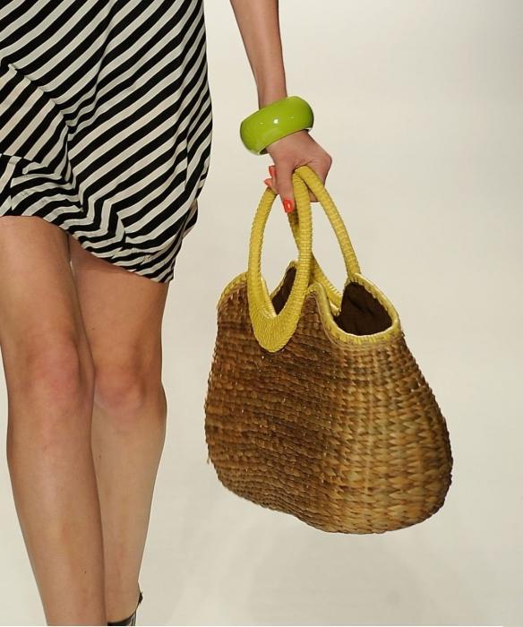 как называется плетеная сумка