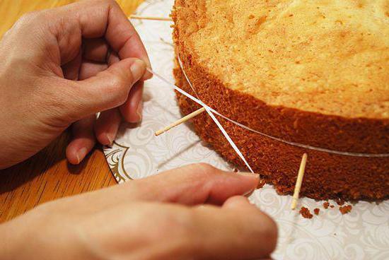 Как сделать крем на бисквитные коржи