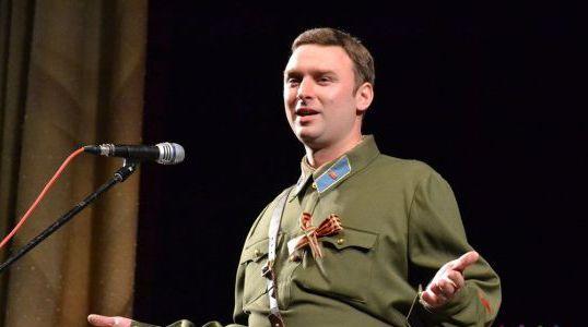 Актер Евгений Николаев