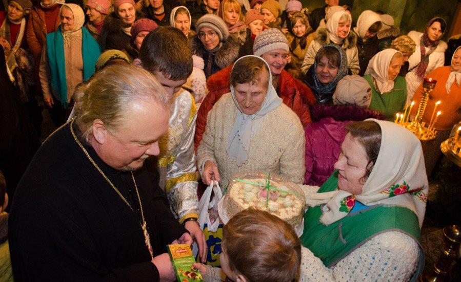 Прием у отца Василия в Жлобине