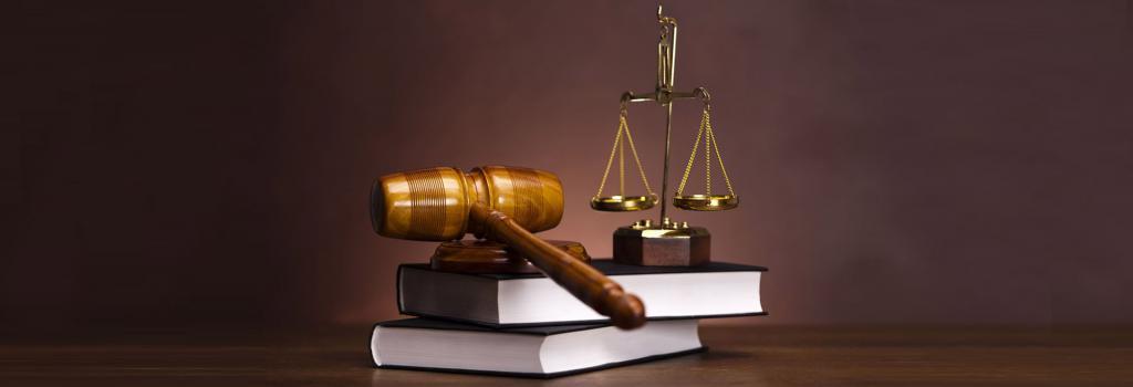 Основания приостановления статуса адвоката