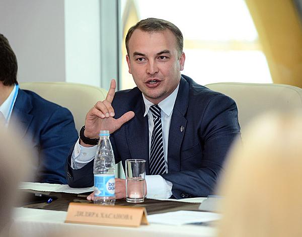 Игорь Сивов на заседании