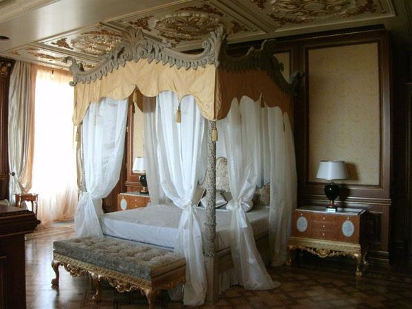 Часть интерьера дворца Путина