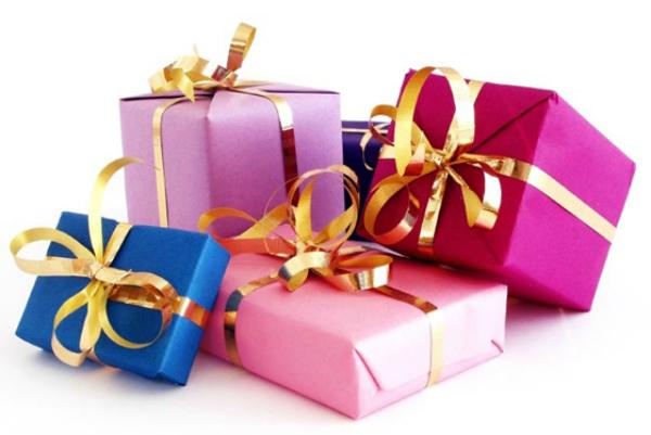 Можно ли передаривать подарки