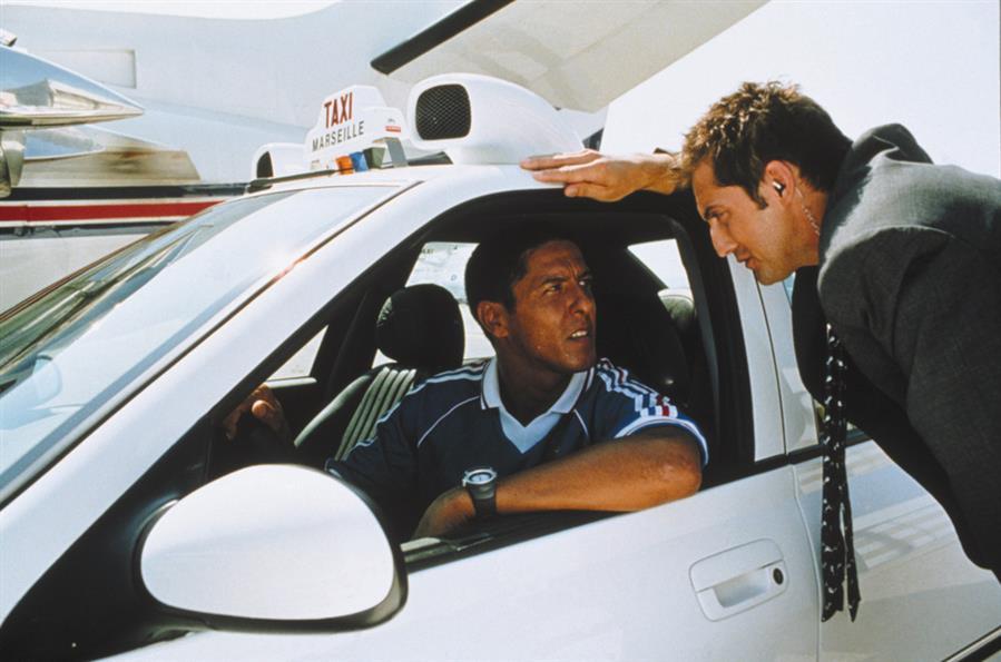 """Сюжет фильма """"Такси 2"""" 2000 года"""