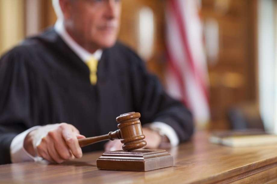 Юрист может представительствовать в суде
