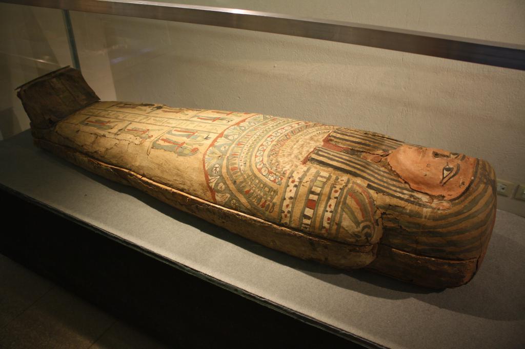 Как выглядел саркофаг