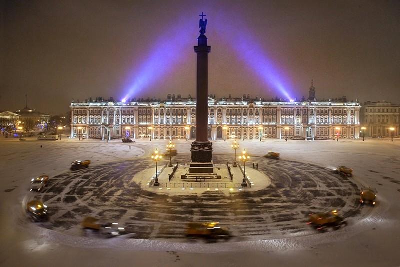 Зимняя Дворцовая площадь