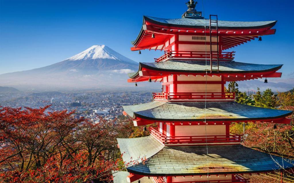 Прекрасный японский пейзаж