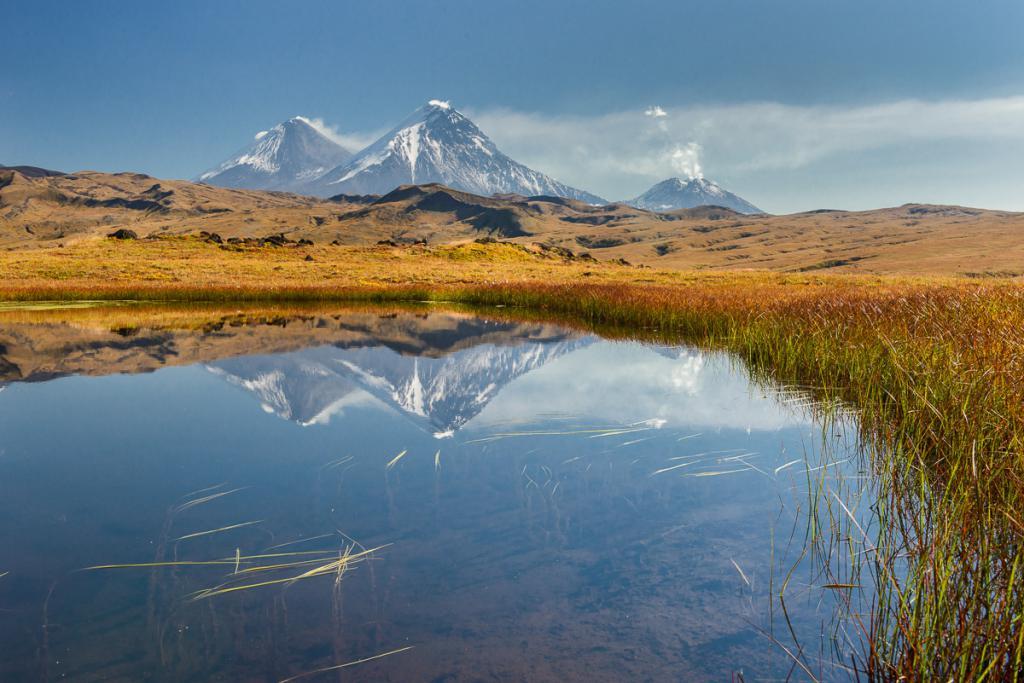 Озеро и вулканы