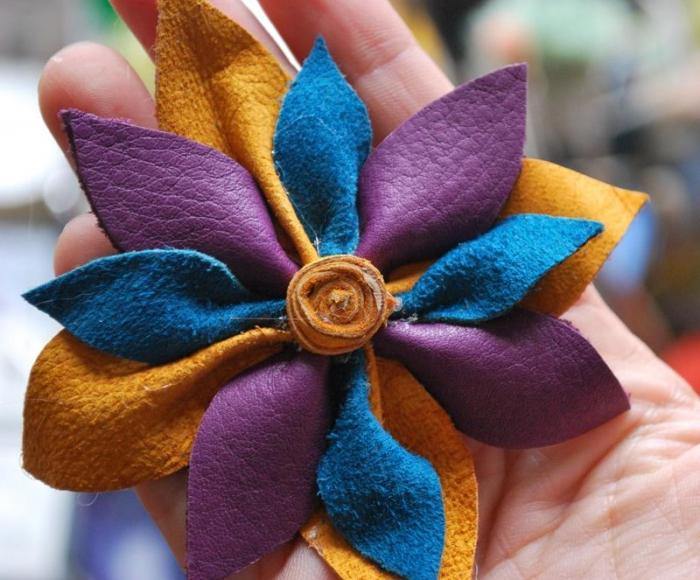 Как делать цветы из кожи своими руками мастер класс 99