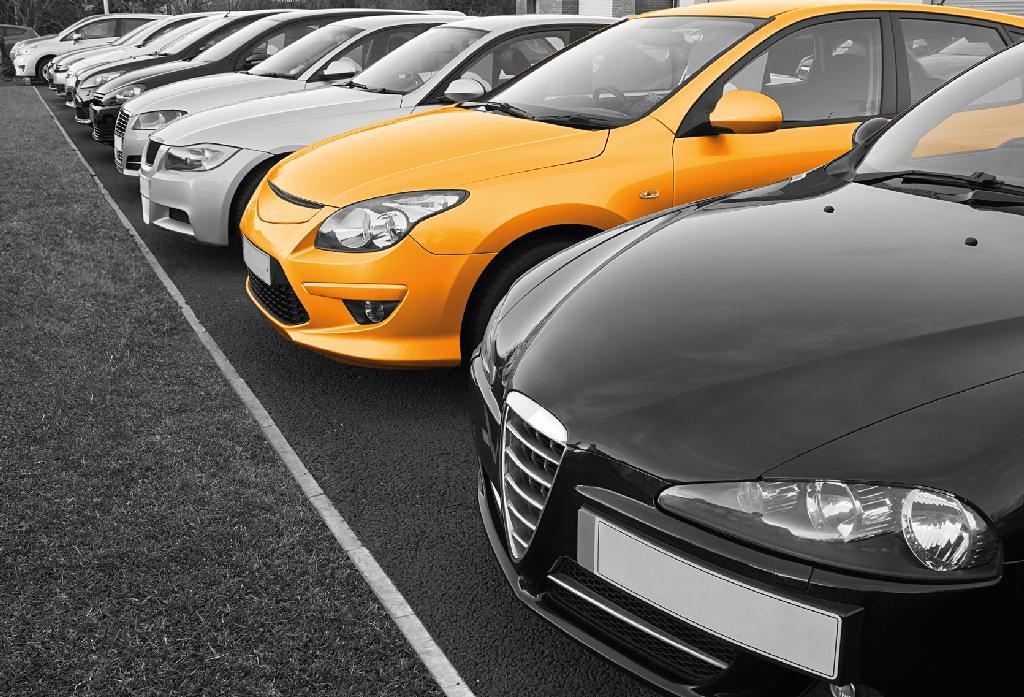 Ряд машин