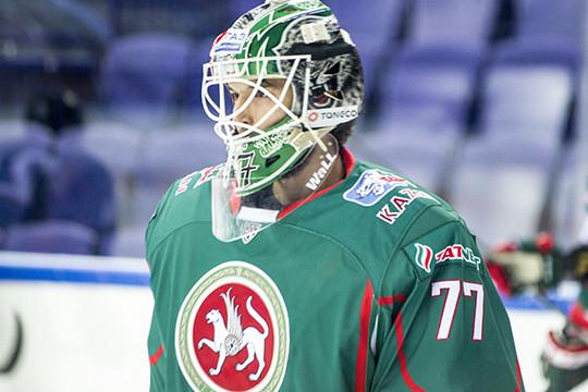 Эмиль Гарипов российский хоккеист