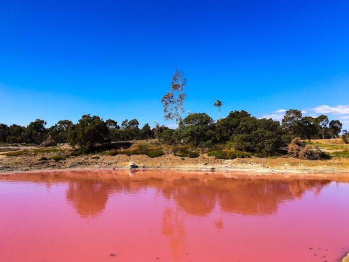 красивое австралийское озеро