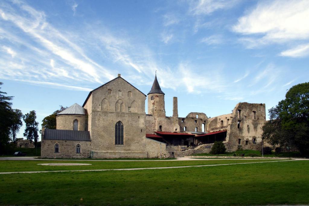 Замок Хаапсалу