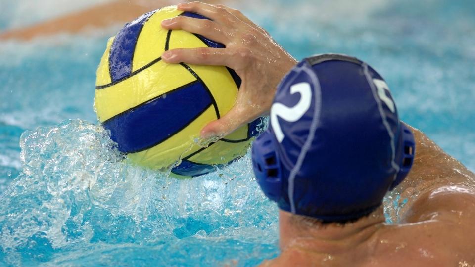 мяч для игры в водное поло