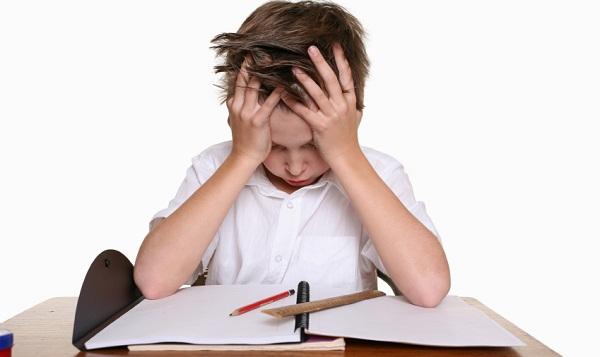 В большинстве случаев именно заучивание таблицы умножения сложнее всего дается детям