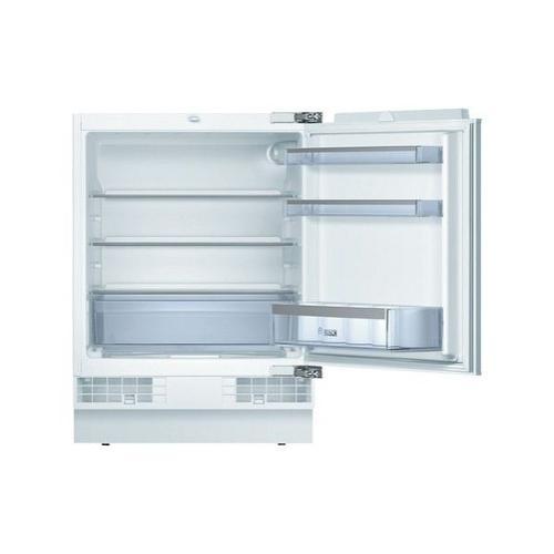 """Компактный встраиваемый холодильник """"Бош"""""""