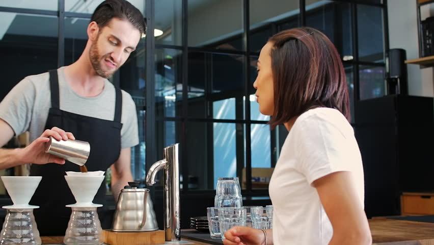 как привлекать клиентов в кафе