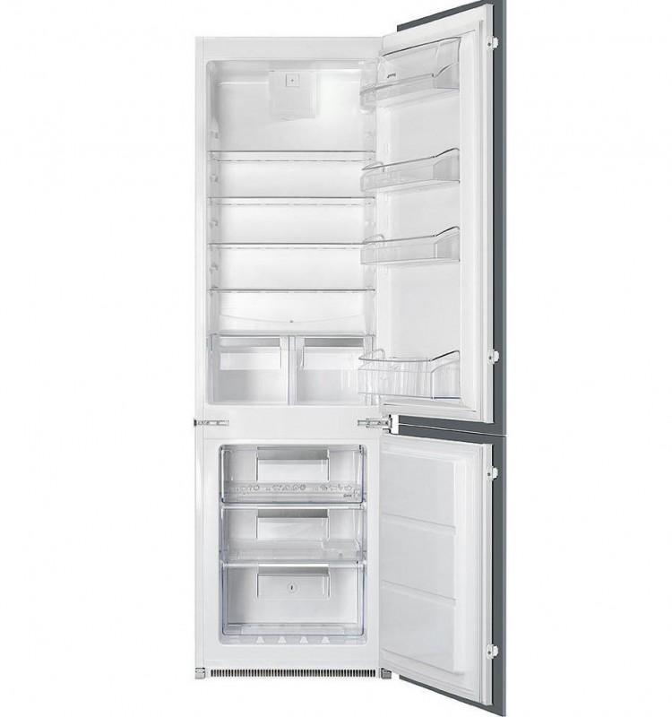 """Встроенный холодильник """"Смег"""""""