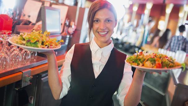 Работа официантом для подростков
