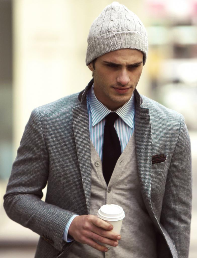 модные образы с серым пиджаком