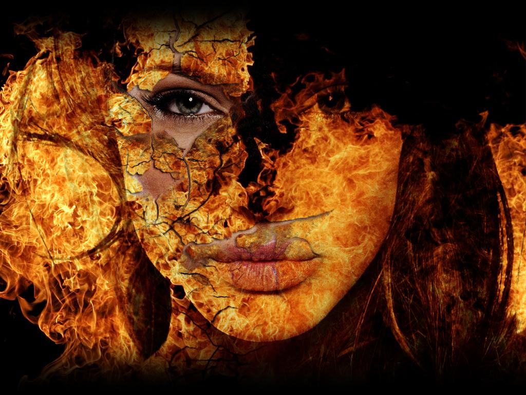 Огненное лицо Анжелины Джоли