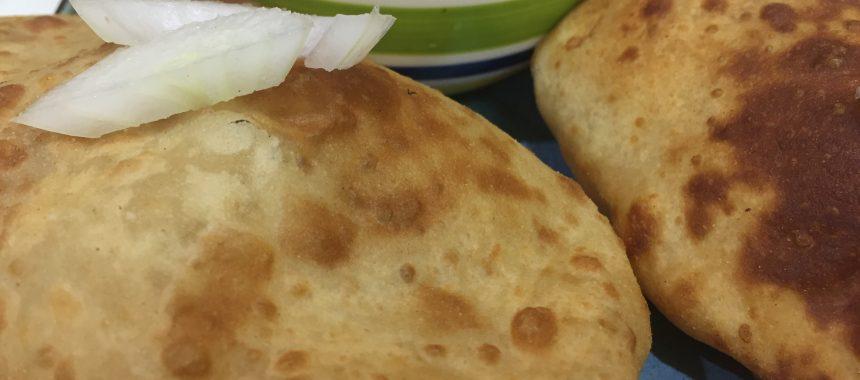 Бхатура хлеб