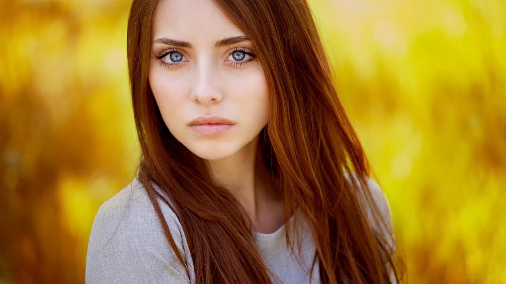 рыжий цвет волос идет девушкам с голубыми глазами