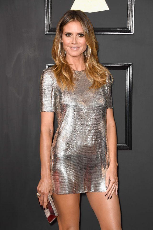 блестящее короткое платье Хайди Клум